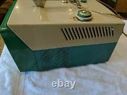 1957 GENERAL ELECTRIC TELEVISION RARE VINTAGE 9t002 Green