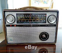 1964 Ge World Monitor P990c Shortwave Transistor Radio Vintage General Electric