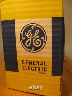 20x Vtg Ge General Electric Loco Headlight 250w 32v Light Bulb Locomotive Lamp