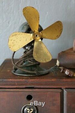 General Electric Brass Blade Fan 6 Green Series H Vintage AC / DC Motor Antique