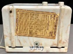 General Electric H-600 Beetle Plastic Art Deco 1939 Vintage Tube Radio