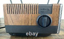 NOS GE General Electric FM/AM Digital Flip Clock Alarm Radio FREE PRIORITY SHIP