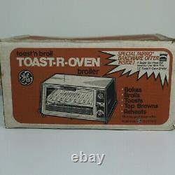 New in Box Vintage General Electric GE T114 Toast-R-Oven Toaster Oven