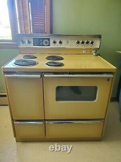 VINTAGE RETRO 1970's GE GENERAL ELECTRIC DOUBLE OVEN