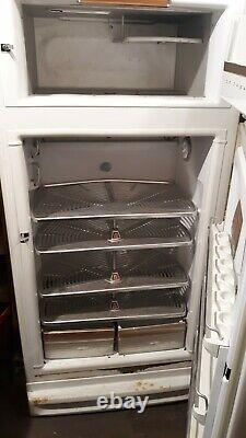 Vintage 1949 GE General Electric Refrigerator With Freezer, Still works