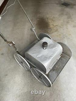 Vintage 1950s Electric LAWN DO ALL Lawn Mower Albany IN Universal Auto Art Deco