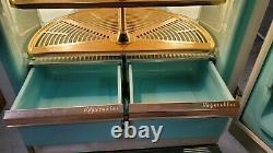 Vintage 1956 GE General Electric refrigerator Freezer Lazy Susan Model LM11N H1