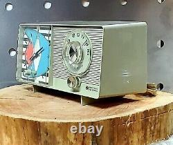 Vintage 1966 General Electric Model C4403 AM Clock radio Alarm works MCM Retro