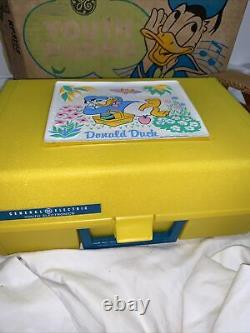 Vintage 1970s General Electric DISNEY Donald Duck YOUTH PHONO, Brand New