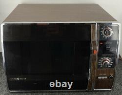Vintage 1980 Microwave Oven, Faux Wood Grain Model J ET88 0Y3