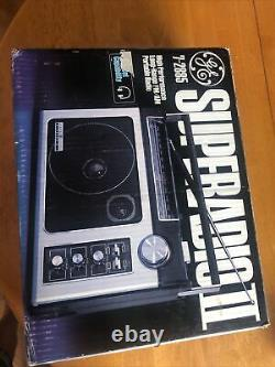 Vintage 70s GE SuperRadio II 7-2885 AM/FM NEW In sealed box