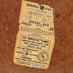 Vintage GE 422 Bakelite Tube Radio Red Swirl 1951 MCM General Electric Works