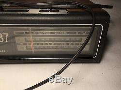 Vintage GE AM/FM Digimatic Flip Alarm Clock, Radio 7-4310 F. Excellent Works