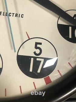 Vintage GE General Electric 12 24 Hour Bakelite Wall Clock 18 Military WOW