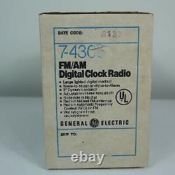 Vintage GE General Electric FM/AM Digital Flip Clock Radio 7-4305 NOS in Box