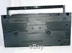 Vintage General Electric AM/FM Stereo Boombox Model 3-5452A Cassette Player WORK