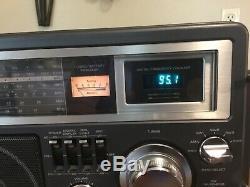 Vintage General Electric GE 7-2990A 6 Band Radio Short Wave 1-4 AM FM