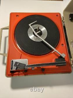 Vintage General Electric GE Automatic Portable Record Player V638H Tested Works