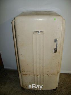 Vintage General Electric Ge Refrigerator