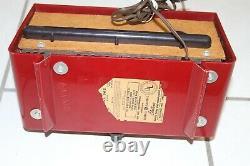 Vintage General Electric Model 565 Clock Radio Bakelite not working, Polka Dots