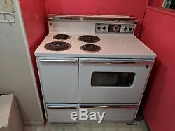 Vintage General Electric Range Oven white