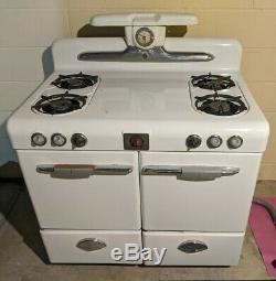 Vintage Magic Chef Gas Stove-Oven