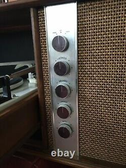 Vintage Mid Century Modern GENERAL ELECTRIC AM FM Console RC 4631 A Garrard GE