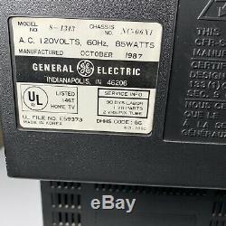 Vintage Retro GE General Electric 13 TV 1987 Television Faux Wood Trim Working