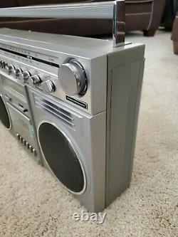 Vtg General Electric GE 3-5259A THE BLOCKBUSTER 1980s Boombox
