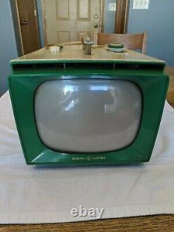 1957 General Electric Television Rare Vintage 9t002 Vert