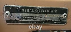 1964 Vintage General Electric Ge Four Range Stove- Entièrement Opérationnel Rare