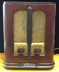 Antique Bois Ge Vintage Tube Radio, Unrestored, Travailler, Art Déco Tombstone R