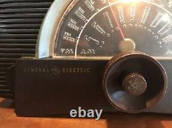 Bakelite Ge Tube Radio Modèle 409 Vintage Automatique Électrique Générale 1951