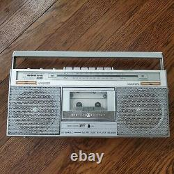 Ge General Electric Vintage Radio Stereo Cassette Boombox 3-5285a Superadio 80s