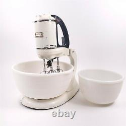 General Electric 149m8 3 Beater Stand Mixer Ge Avec Two Bowls Vintage