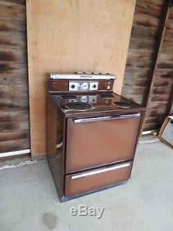 General Electric Vintage Électrique Cuisinière / Range Brown
