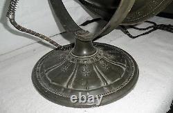 Le Chauffe-eau Électrique Vintage Universal Bowl De Landers Frary & Clark Date De 1930