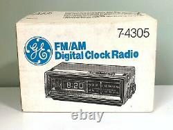 Nos Vintage General Electric Fm/am Digital Clock Radio 7-4305