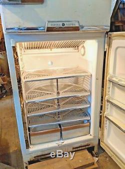 Rare Vintage General Electric (ge) Personnalisées Réfrigérateur / Congélateur