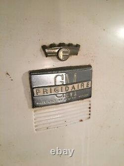 Réfrigérateur Général Électrique Vintage Et Congélateur À Poitrine