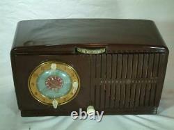 Restauré G. E 1949 Radio Tube Vintage Avec Horloge De Travail Juste Super