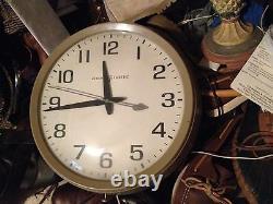 Tenue De Temps Précise Made In USA Vintage General Electric Model 2012 Horloge Murale