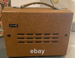 Travail Ge 8 Transistor Portable Am Radio Vintage. Modèle P-780b General Electr
