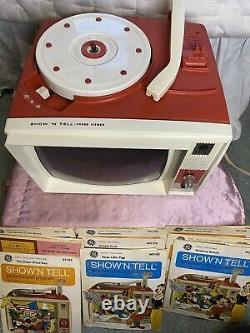 Vintage 1960s General Electric Shown Tell Phono Viewer With 9 Records Works