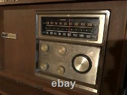 Vintage 60s General Electric Am/fm Stereo Radio T1025