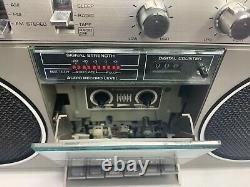 Vintage Ge General Electric 3-5257a Am/fm Cassette Boombox Radio