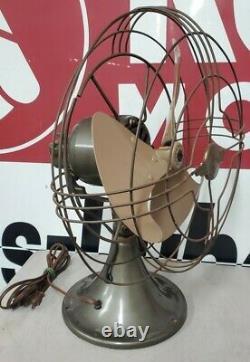 Vintage Ge General Electric Modèle Fan Métal # Fm10v21 Travail Dans Org. Boîte