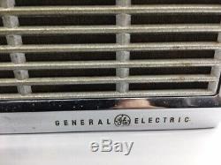 Vintage Ge General Electric Super 8 Transistor Am Radio Portable