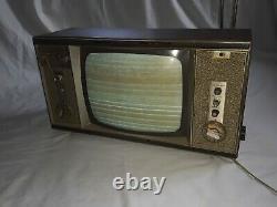 Vintage Ge General Electric Vacuum Tube Tv Avec Horloge, Et Radio, Modèle M181ywd