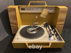 Vintage Ge Général Electric Wildcat Lecteur D'enregistrement De Moutarde Jaune De Travail